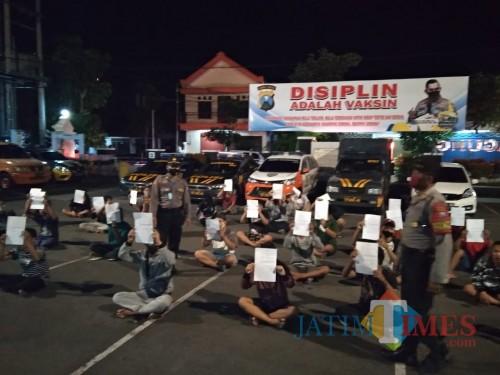 Langgar Jam Malam, 32 Pemuda Tulungagung Terjaring Razia Saat Nongkrong di Warung Kopi