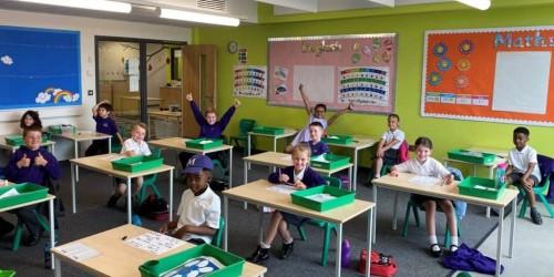 Sekolah (Foto:  www.fairfieldsprimary.co.uk)