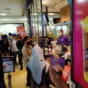 Berstatus Mal Tangguh, Pusat Perbelanjaan Ini Masih Dapat Kritik Polisi