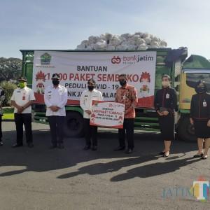 Salurkan 1.600 Bantuan bagi Warga Terdampak Covid, Bank Jatim Siap Support Pemkot Malang