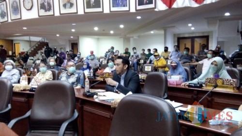 Komisi A Permasalahkan WBM Belum Serahkan Fasum hingga Adanya Pungutan