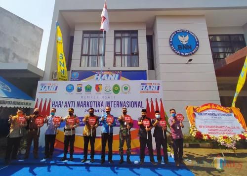 Forkopimda Kota Malang saat memperingati Hari Anti Narkoba Internasional di Kantor BNN Kota Malang (Anggara Sudiongko/MalangTIMES)