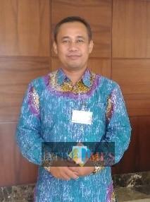 Dosen Universitas Islam Indonesia dan Pengasuh Majelis Dzikir dan Taklim Ya Badi' Yogyakarta