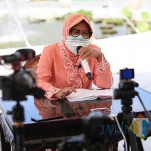 Wali Kota Surabaya Bantah Pernyataan Jokowi dan Menkes, Terkait Masker dan Kurangnya Medis