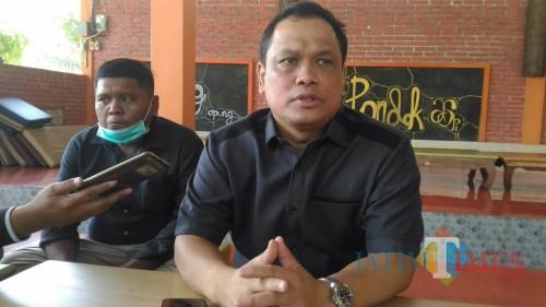 H. Charles Meikyansyah M.Ikon Ketua DPC Partai Nasdem Lumajang (Foto : Moch. R. Abdul Fatah / Jatim TIMES)