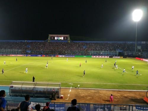 Stadion Kanjuruhan saat digunakan menggelar pertandingan Liga 1 2019 (Hendra Saputra)
