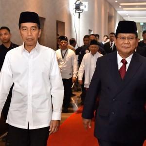 Momen Prabowo Sukses Bikin Jokowi Terkekeh, Warganet: Adem Lihat  Keduanya