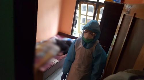 Kondisi jasad korban yang ditemukan di atas tempat tidur dalam posisi tengkurap (Ist)