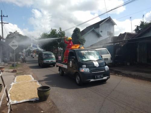Transisi New Normal, Satgas Covid-19 Lakukan Penyemprotan Desinfektan di 181 Desa