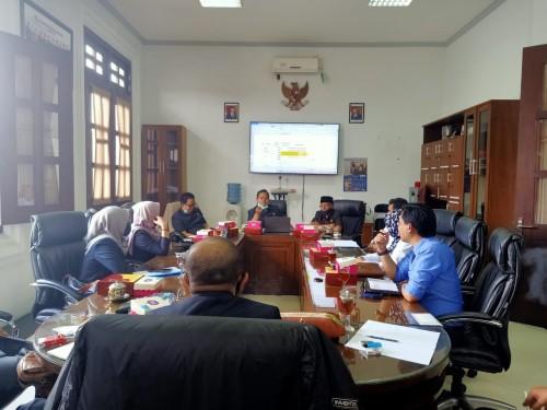 Suasana pertemuan antara Komisi B DPRD Kota Malang bersama PDAM Kota Malang. (Foto: Istimewa).