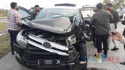 Mobil ajudan kapolda yang mengalami kecelakaan