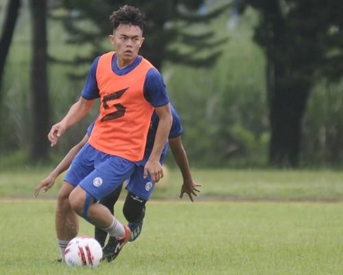 Pemain muda Arema FC, Vikrian Akbar (official Arema FC)