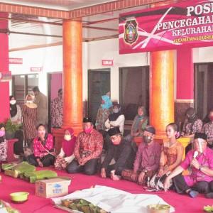 Puncak Bersih Desa, Wali Kota Santoso Tasyakuran Bersama Warga Kelurahan Blitar