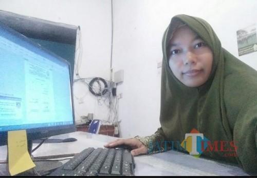 Firda Umayyah SPd (Pemerhati Sosial)