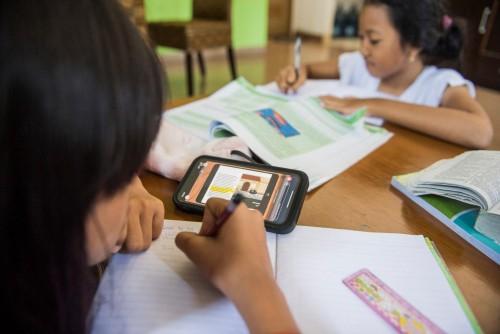 Ilustrasi siswa belajar daring. (Foto: antaranews.com)