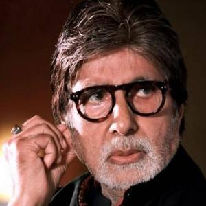 Alami Gejala Ringan, Aktor India Amitabh Bachchan Positif Covid-19 Bersama Sang Anak