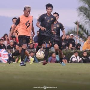 Manajemen Arema FC Berharap Skuatnya Pahami Rekontrak