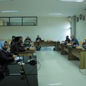 Tangani Covid-19, DPRD Kota Malang Sharing dengan DPRD Kabupaten Blitar