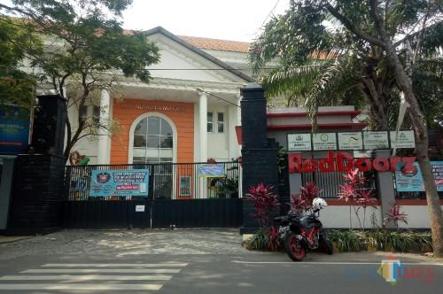Gedung SMKN 4 Malang tampak depan. (Foto: Ima/MalangTIMES)