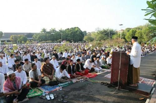 Pelaksanaan Salat Idul Adha yang dilakukan pada tahun lalu di lapangan. (Ist)