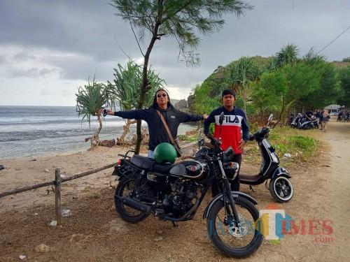 Seru nan Asyik Berwisata ke Pantai Gondo Mayit Blitar dengan Motor