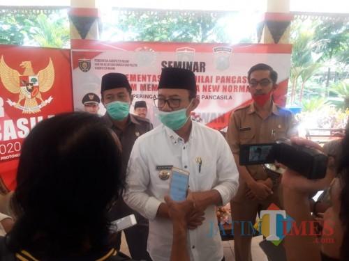 Cegah Covid- 19, Bupati Ngawi Minta Warga Laksanakan Standar Kesehatan