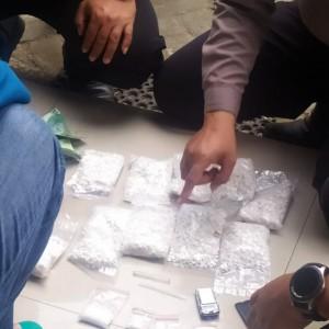 Satlantas Polres Kediri Gagalkan Peredaran Obat Terlarang