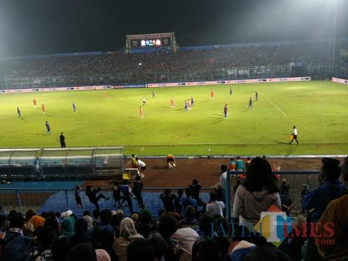 Stadion Kanjuruhan saat digunakan pertandingan beberapa waktu lalu (Hendra Saputra)