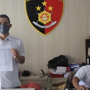 Diduga Menipu Ratusan Juta, Mantan Camat Kras Dilaporkan ke Polisi