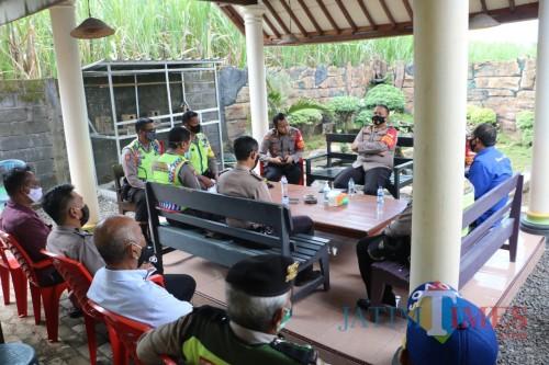 Kapolres Malang AKBP Hendri Umar saat melakukan kunjungan kerja di Mapolsek Pagelaran (Foto: Humas Polres Malang for MalangTIMES)
