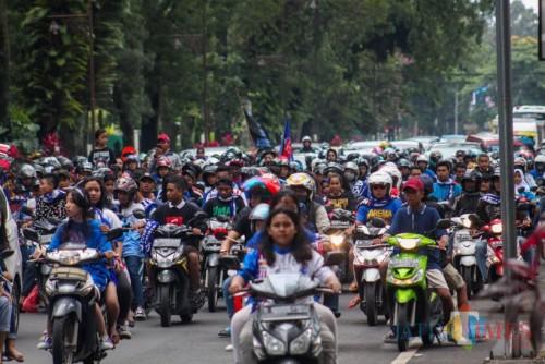 Aremania konvoi di jalan saat memperingati hari ulang tahun Arema 11 Agustus 2019 lalu (foto dok MalangTIMES)
