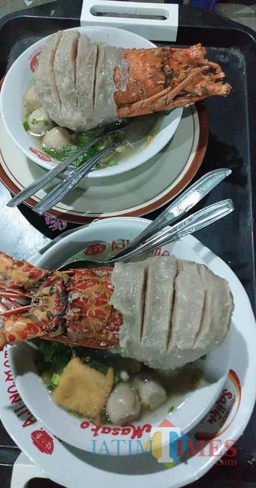 Singgah di Tuban, Rugi Tak Nikmati Sensasi Makan Bakso Rasa Lobster