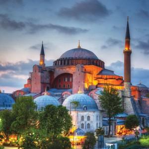Puncak Kemenangan Muslim Turki, Hagia Sophia Akhirnya Bisa Digunakan untuk Salat Jumat