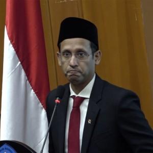 Soal Polemik POP, Presiden Jokowi Didesak Cari Pengganti Nadiem Makarim