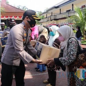 595 Paket Bantuan Didistribusikan kepada Pelaku Wisata di Kabupaten Malang