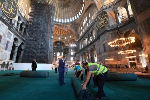 Persiapan Jelang Salat Jumat Pertama di Hagia Sophia, Ada Hotel Gratis untuk Tamu Masjid