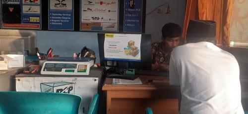 Suasana ketika terima barang di Wahana Express cabang Kaliurang Sleman (Foto: yogyakartatimes)