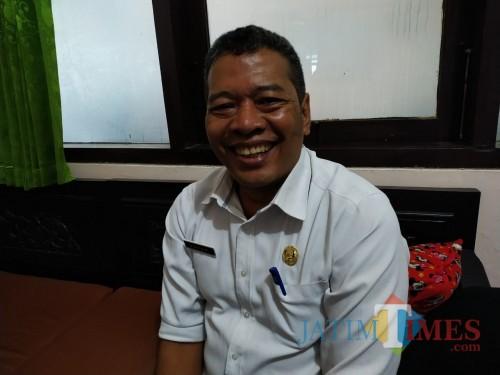 Camat Kedungwaru Hari Prastijo (Foto: Anang Basso/ TulungagungTIMES)