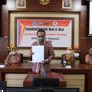 Siap Sukseskan Kampus Merdeka, Unikama Jalin MoU dengan STKIP PGRI Sidoarjo