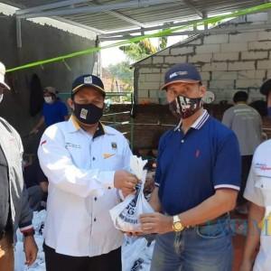 Tetap Berbagi di Tengah Pandemi, PKS Kota Malang Sembelih Puluhan Ekor Sapi dan Kambing