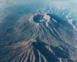 Gunung Raung Bergemuruh, BPBD Banyuwangi Imbau Warga Tak Panik