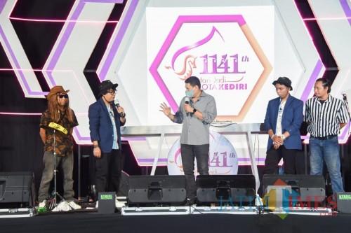 Pagelaran Musik Virtual, Wali Kota Kediri Dorong Anak Muda Harus Kreatif