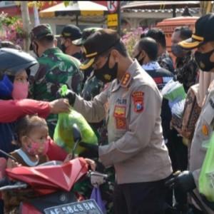 Kampanye Jatim Bermasker Polda Jatim Sisir Wilayah Kota Madiun