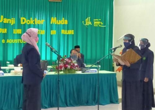 Suasana Yudisium Fakultas Kedokteran dan Ilmu Kesehatan (FKIK) UIN Malang. (Foto: Humas)