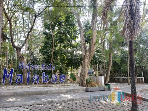 Hutan Malabar di tengah Kota Malang (Hendra Saputra)