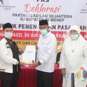 Serahkan SK, PKS Resmi Dukung Fauzi-Nyai Eva di Pilbup Sumenep