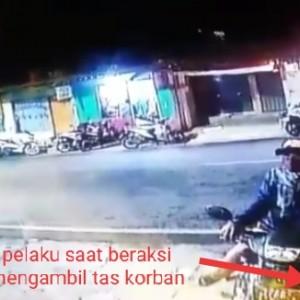 Beli Seserahan, Ransel Calon Pengantin Dicuri Maling Bermasker di Parkiran Terekam CCTV