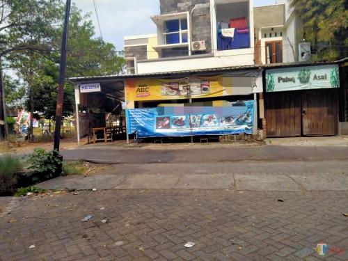 Diduga Teroris, Pelanggan Warung di Sawojajar Diamankan Densus 88