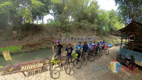 Bersepeda Sambil Wisata di Kota Malang, Trek Kali Cemplong Ini Bisa Bikin Fresh!