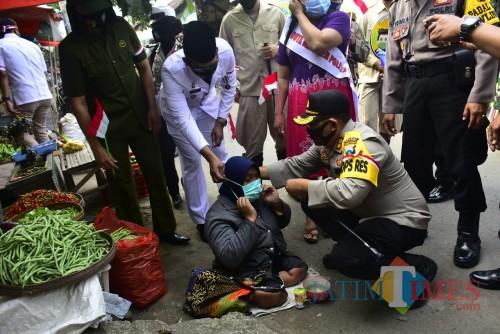Sosialisasikan Jatim Bermasker, Polres Blitar Gandeng Duta Masker Keliling